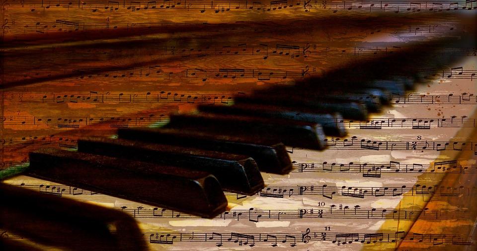 diferencia entre las notas y claves musicales