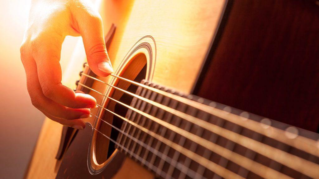 Aprende todo lo que necesitas sobre las partes de la guitarra